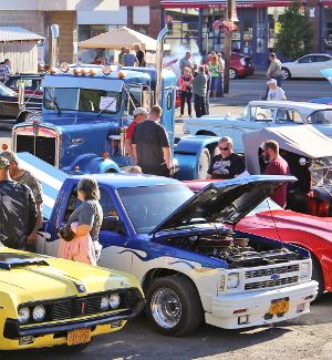 Dundee lines up car show entries