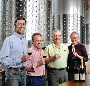 Dundee vineyard purchases Standing Stone