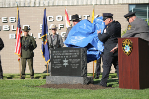 Sheriff unveils officers' monument