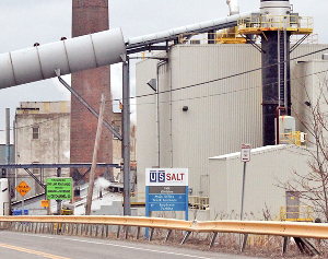 Crestwood plans to sell U.S. Salt