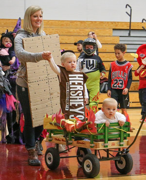 PHOTO GALLERY: Halloween costumes on display in Dundee