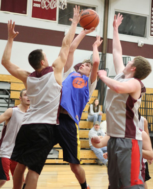 PHOTO GALLERY: Dundee, Penn Yan and Watkins Glen basketball teams scrimmage
