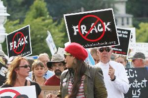 Towns work to address hydrofracking