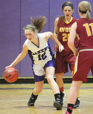 Lakers lose to Avoca