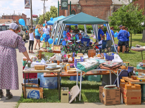 Dundee Day yard sales are Saturday, July 7