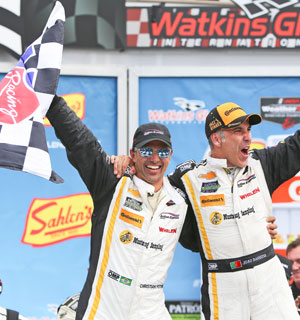 Barbosa, Fittipaldi take six hour victory