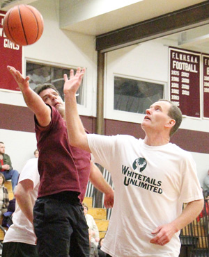 PHOTO GALLERY: Dundee community basketball game ends in a tie