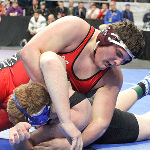 Houseknecht wins first-ever state wrestling title