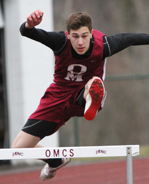 Indians beat Newfield in track and field meet