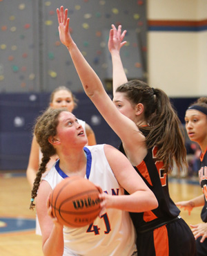 Lady Mustangs fall to Waterloo